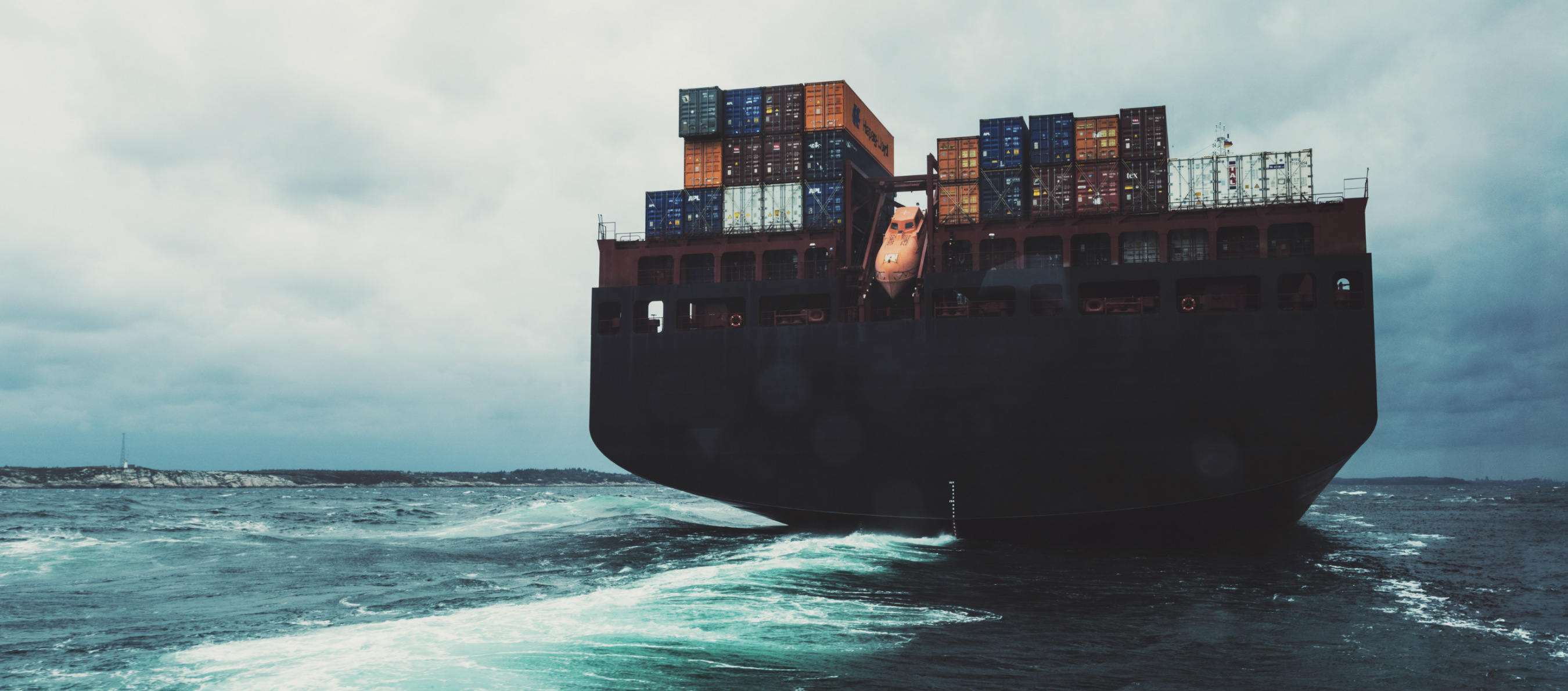 /container-insight-weekly/weekly-feature-articles/coronavirus-rationing-container-capacity